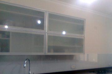 קלפות זכוכית למטבח